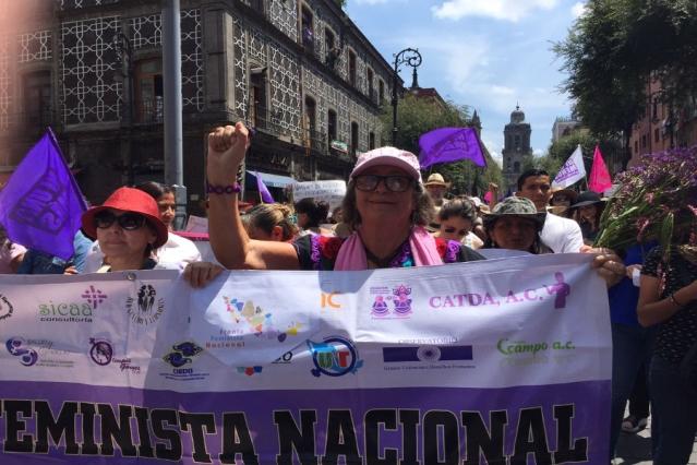 Sacan a periodista de la marcha #JusticiaParaMara