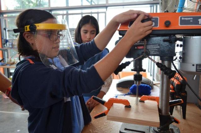Celebración: Día de la Mujer y la Niña en la Ciencia